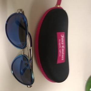 Juicy Couture sunglasses/Case